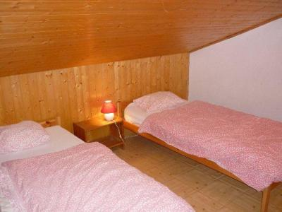 Rent in ski resort 4 room apartment 10 people (SQU009) - Résidence Squaw Valley - Châtel - Bedroom