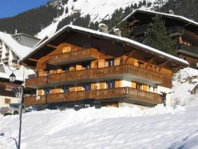 Rent in ski resort Studio sleeping corner 4 people (SQU007) - Résidence Squaw Valley - Châtel - Winter outside