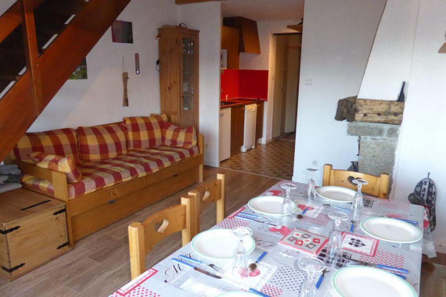 Rent in ski resort 2 room apartment sleeping corner 7 people (895) - Résidence l'Ecrin des Glaciers - Hermine - Combloux - Table