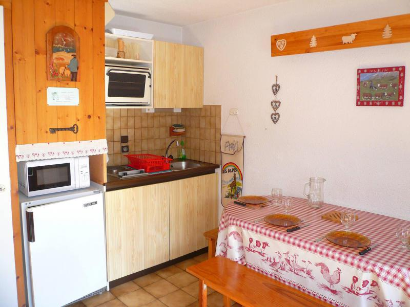 Rent in ski resort Studio 4 people (B04) - Résidence les Oréades - Combloux