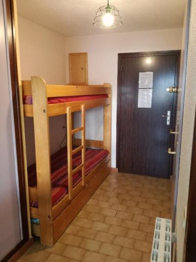 Rent in ski resort Studio sleeping corner 4 people (E2) - Résidence l'Ecrin des Glaciers - Ecureuil - Combloux