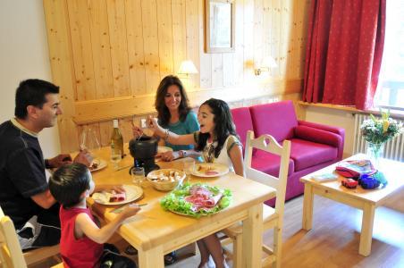 Location au ski Résidence la Grande Cordée - Combloux - Coin repas