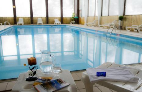 Studio 2 personnes combloux alpes du nord residence la for Combloux piscine