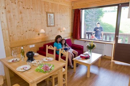 Location au ski Résidence la Grande Cordée - Combloux - Table