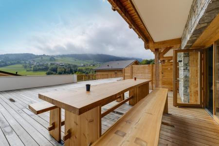 Rent in ski resort Résidence les Fermes du Mont Blanc - Combloux - Balcony
