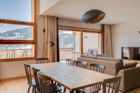 Rent in ski resort Semi-detached 4 room chalet 8 people (triplex) - Résidence les Fermes du Mont Blanc - Combloux - Dining area