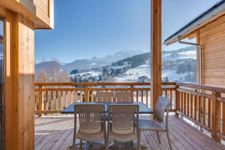 Rent in ski resort Semi-detached 5 room chalet 10 people (triplex) - Résidence les Fermes du Mont Blanc - Combloux - Balcony