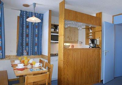 Location au ski Residence Les Brigues - Courchevel - Coin repas