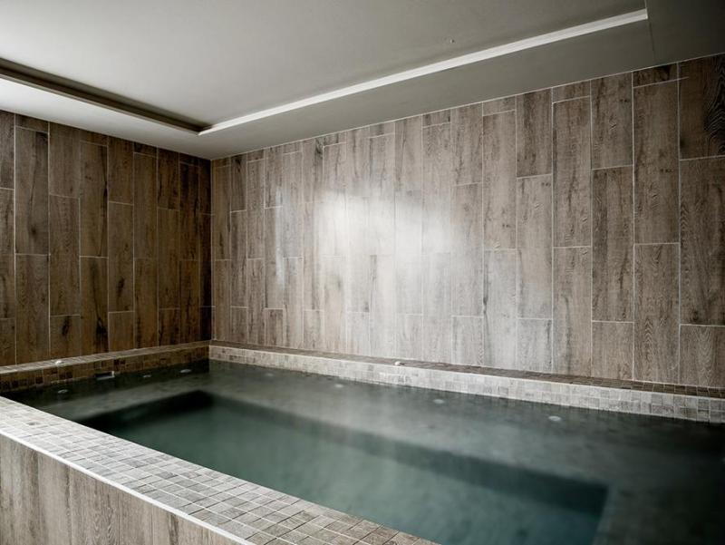 Location au ski Hotel Des 3 Vallees - Courchevel - Jacuzzi