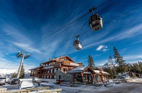 Urlaub in den Bergen Hôtel le New Solarium - Courchevel - Draußen im Winter