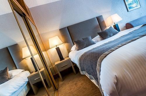 Location au ski Hôtel le New Solarium - Courchevel - Lit double