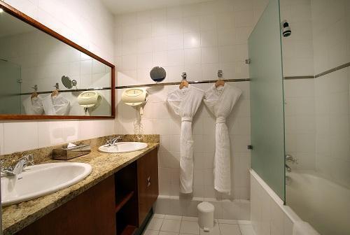 Location au ski Hôtel le New Solarium - Courchevel - Salle de bains