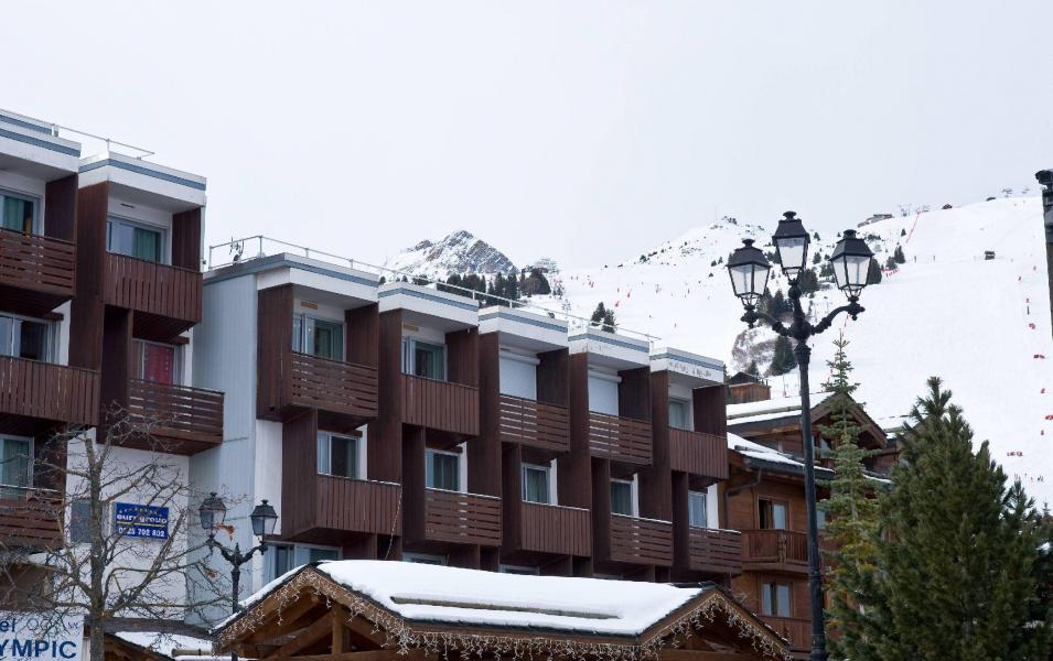 4c9929e567a4 ... Rent in ski resort Hôtel Olympic - Courchevel - Winter outside ...