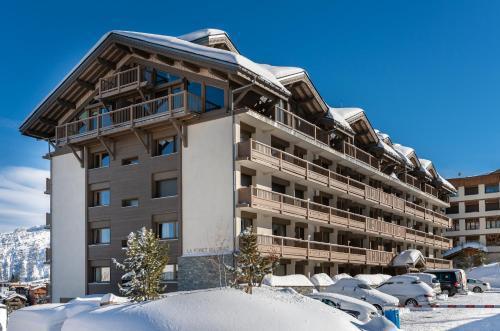 Аренда на лыжном курорте La Résidence Forêt du Praz - Courchevel