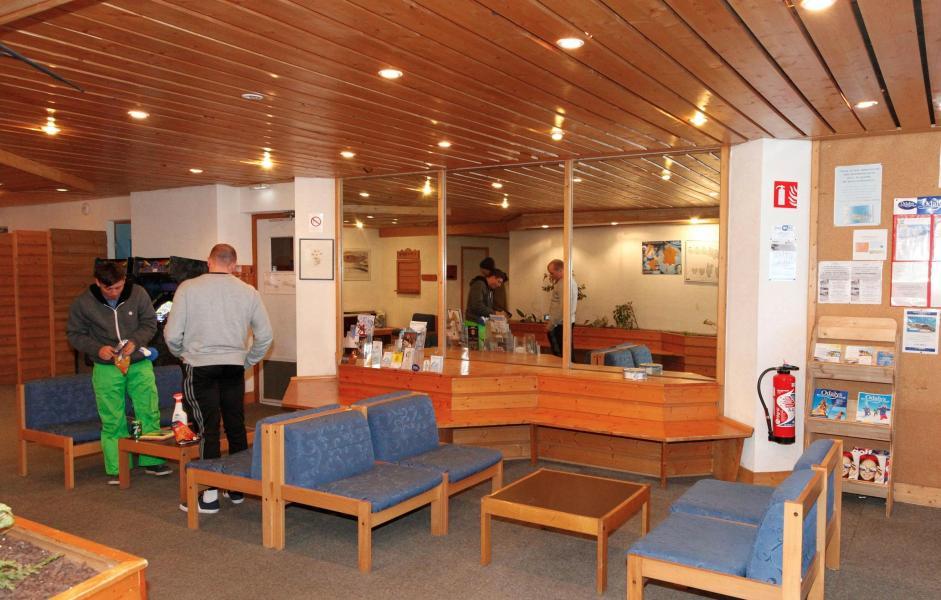 Location au ski Residence Les Brigues - Courchevel - Réception