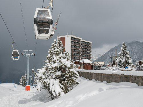 Location au ski Residence Maeva Les Ecrins - Courchevel - Extérieur hiver