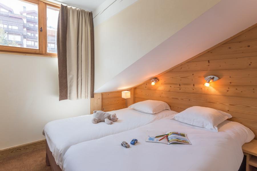Location au ski Résidence P&V Premium les Chalets du Forum - Courchevel - Chambre mansardée