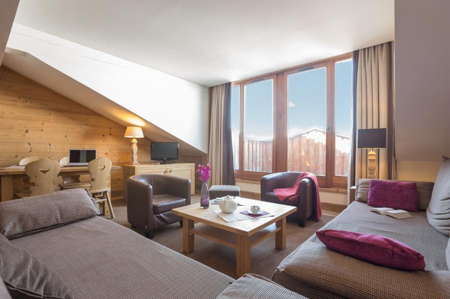 Alquiler al esquí Résidence P&V Premium les Chalets du Forum - Courchevel - Mesa baja