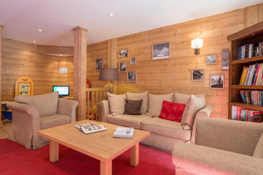 Ski verhuur Résidence P&V Premium les Chalets du Forum - Courchevel - Zitbank