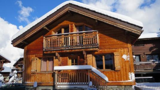 Location au ski Chalet La Meleze - Courchevel - Extérieur hiver