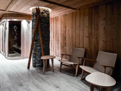Location au ski Hotel Des 3 Vallees - Courchevel - Réception