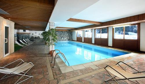 Location au ski Hotel Le New Solarium - Courchevel - Piscine