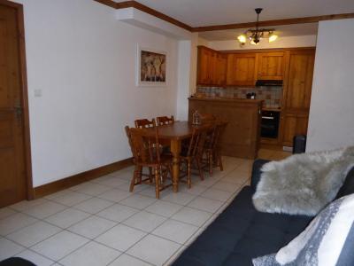 Rent in ski resort 3 room mezzanine apartment 6 people (D1) - Résidence les Chalets du Ponthier - Courchevel