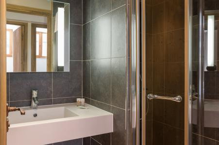 Location au ski Residence P&v Premium Les Chalets Du Forum - Courchevel - Lavabo