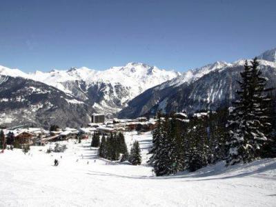 Location au ski Résidence Pierre & Vacances les Ecrins - Courchevel - Extérieur hiver