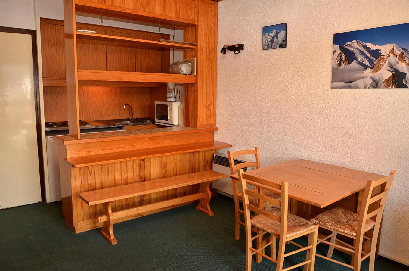 Location au ski Studio 4 personnes (108) - La Residence Andromede - Flaine - Coin repas