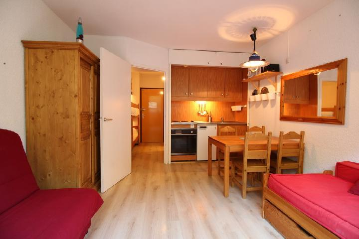 Location au ski Studio coin montagne 4 personnes (109) - Residence Andromede - Flaine - Table