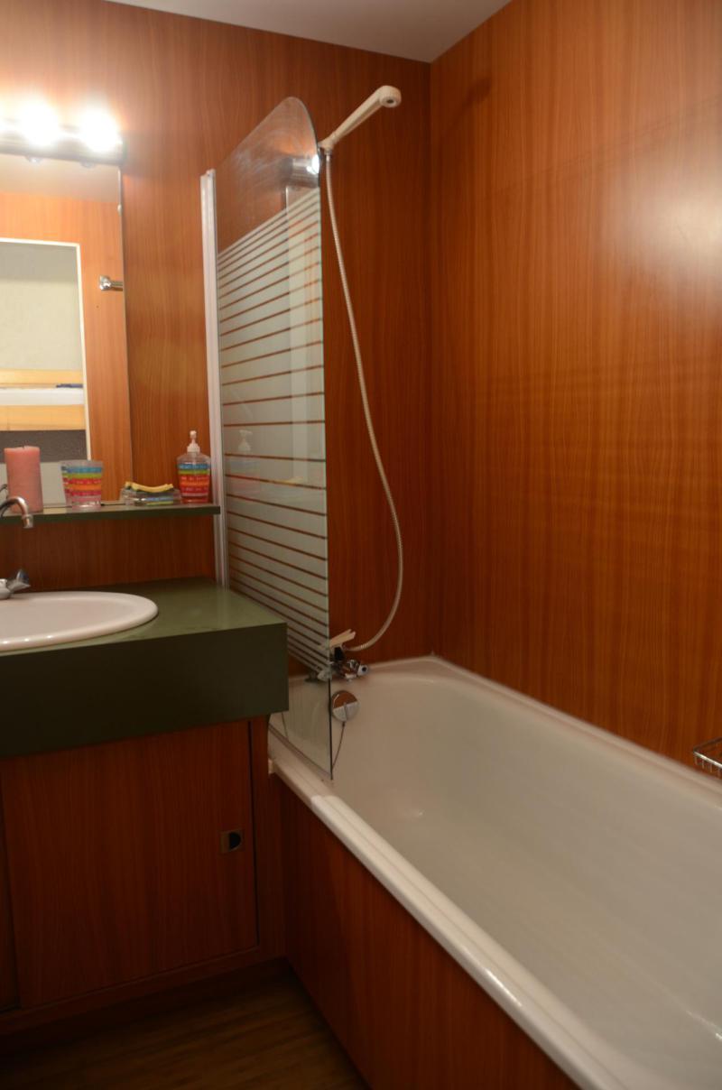 Location au ski Studio 4 personnes (22D9) - La Residence Gemeaux - Flaine - Salle de bains