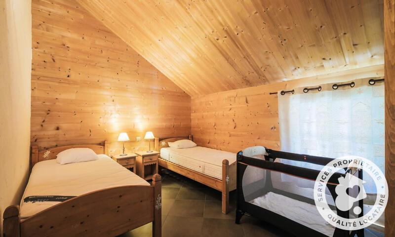 Vacances en montagne Chalet 7 pièces 12 personnes (180m²) - Les Chalets de Flaine Hameau - Maeva Home - Flaine - Chambre mansardée