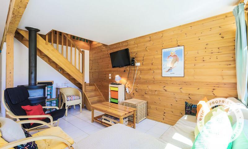 Vacances en montagne Chalet 3 pièces 8 personnes (Confort 84m²) - Les Chalets de Flaine Hameau - Maeva Home - Flaine - Poêle à bois