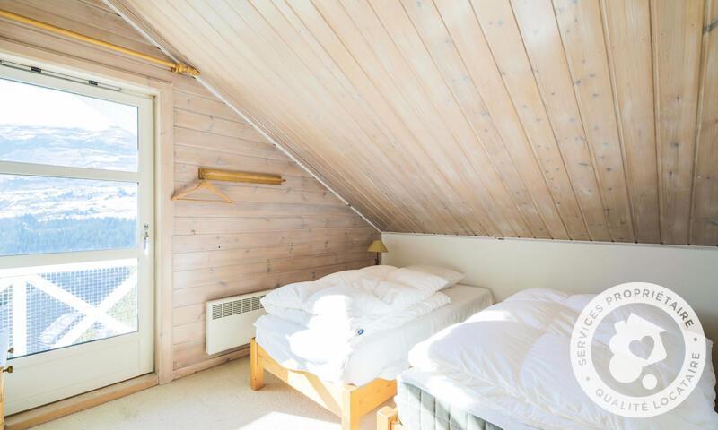 Vacances en montagne Chalet 7 pièces 12 personnes (Sélection 145m²) - Les Chalets de Flaine Hameau - Maeva Home - Flaine - Chambre mansardée