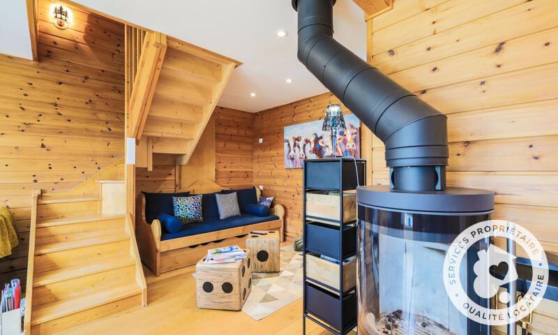 Vacances en montagne Chalet 4 pièces 6 personnes (Prestige 70m²) - Les Chalets de Flaine Hameau - Maeva Home - Flaine - Poêle à bois