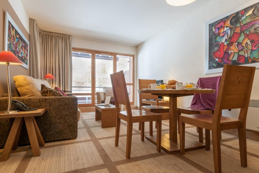 Location au ski Résidence P&V Premium les Terrasses d'Eos - Flaine - Table