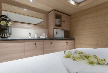 Location au ski Résidence P&V Premium les Terrasses d'Helios - Flaine - Massage