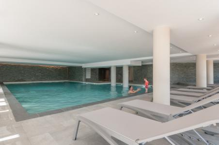 Location au ski Residence P&v Premium Les Terrasses D'helios - Flaine - Piscine