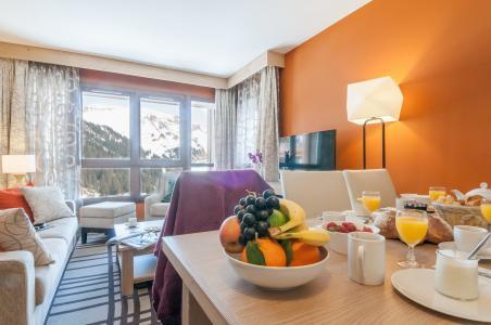 Location au ski Résidence P&V Premium les Terrasses d'Helios - Flaine - Table