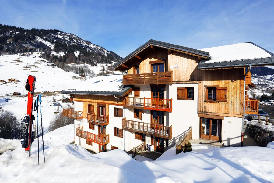 Holiday in mountain resort Résidence les Chalets des Evettes - Flumet - Winter outside