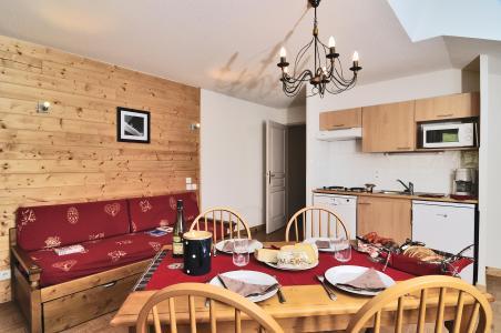 Location au ski Résidence les Chalets des Evettes - Flumet - Cuisine ouverte
