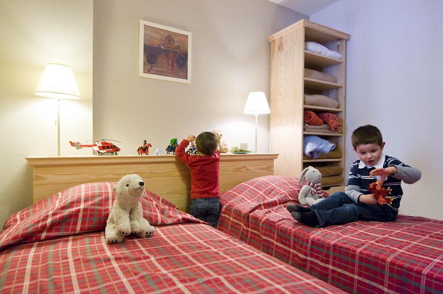 Аренда на лыжном курорте Résidence le Domaine de Castella - Font Romeu - Односпальная кровать