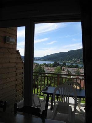Alquiler al esquí Apartamento 2 piezas para 6 personas - Chalets Domaine les Adrets - Gérardmer - Balcón