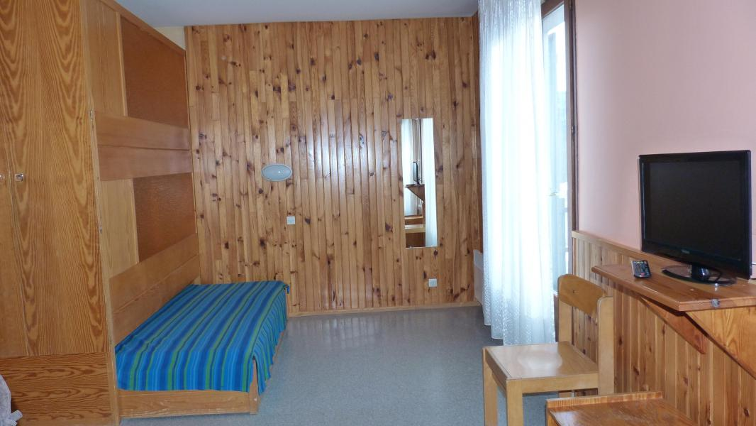 Rent in ski resort Résidence les Myrtilles - Gérardmer - Bed