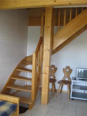 Location au ski Appartement 4 pièces 6 personnes - Chalets Domaine Les Adrets - Gerardmer - Escalier