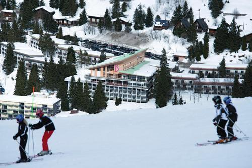 Hotel belambra club lou sarri gourette location vacances for Hotel au ski