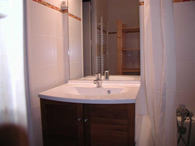 Location au ski Studio 6 personnes (ISA93) - Residence Isards - Gourette - Salle de bains
