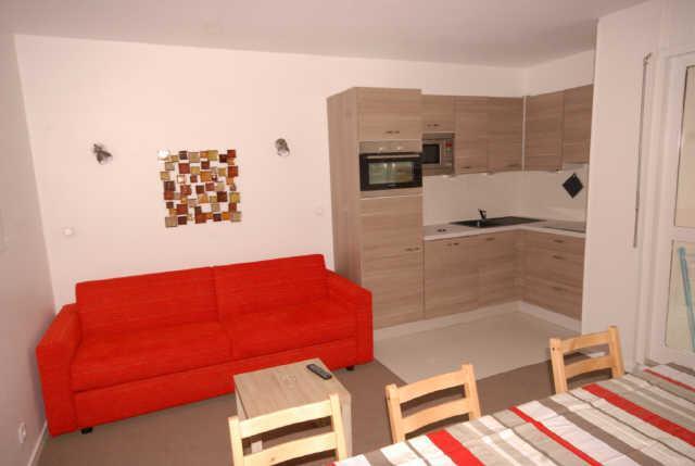 Rent in ski resort 3 room apartment cabin 8 people (ISA53) - Résidence Isards - Gourette - Living room