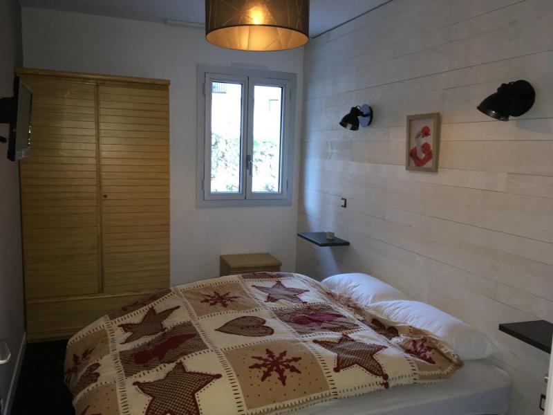 Rent in ski resort 2 room apartment sleeping corner 8 people (E3) - Résidence les Marmottes - Gourette - Double bed